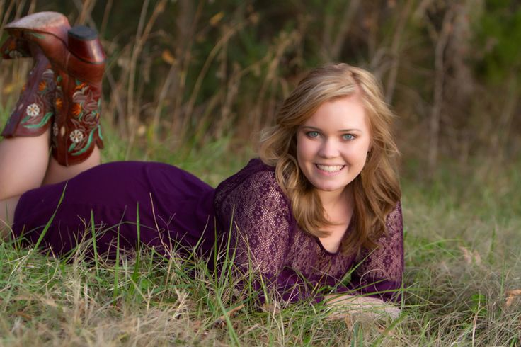 """""""Sweet Smiles"""" Portrait Creations Professional Outdoor Pics in Charlotte, NC."""