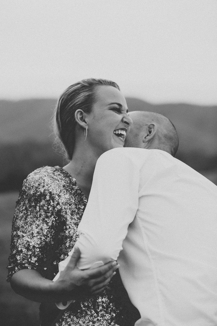 A dynamic duo based in Brisbane, Alyce and Colette Photography are all about capturing genuine emotion and real moments.   #Australian #wedding #photographer #alyceandcolette #vendor #wedshed
