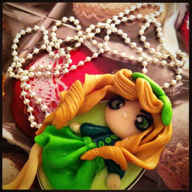 DOLL CAMMEO