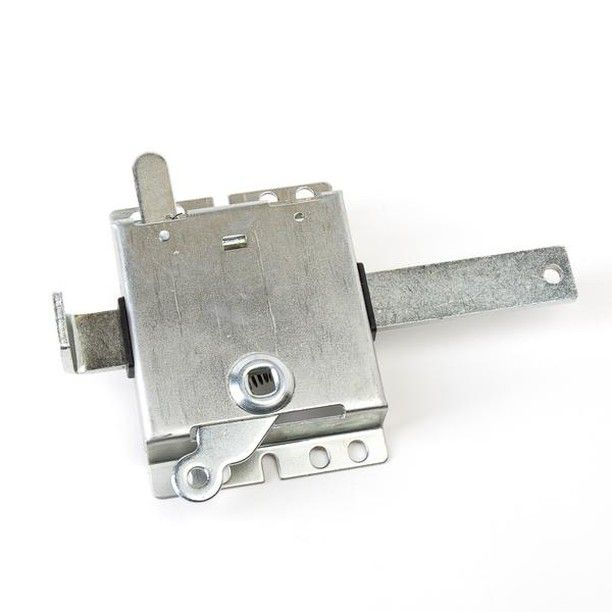 Zinc Interior Garage Door Side Slide Lock V7647 Is 7 1 2 Wide This Slide Lock Can Be Used With Locking Handle V7642 To Open Garage Doors Slide Lock Metal Door