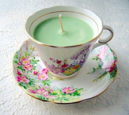 Re-purpose those vintage tea cups and make tea cup candles!Vintage Teacups, Teas Time, Teas Cups, Vintage Teas, Teacups Candles, Make Candles, Teas Parties, Teacup Candles, Diy Christmas