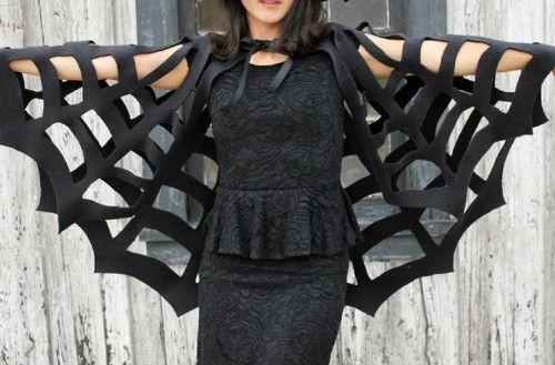 DIY déguisement Halloween : Fabriquer une cape toile d'araignée sans couture