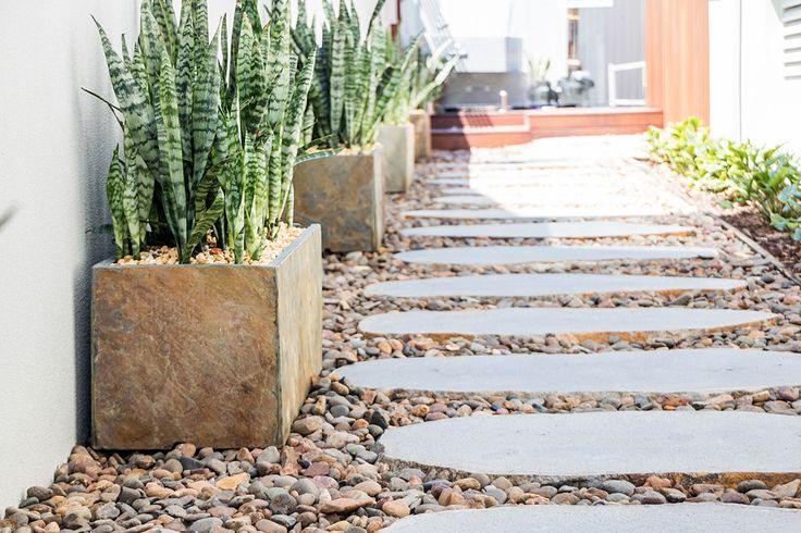 Avatar Bluestone Stepping Stones, Organic shape with the natural skin. #steppingstones, #steppers, #gardenstones http://www.armstone.com.au/products/stepping-stones/avatar-bluestone/