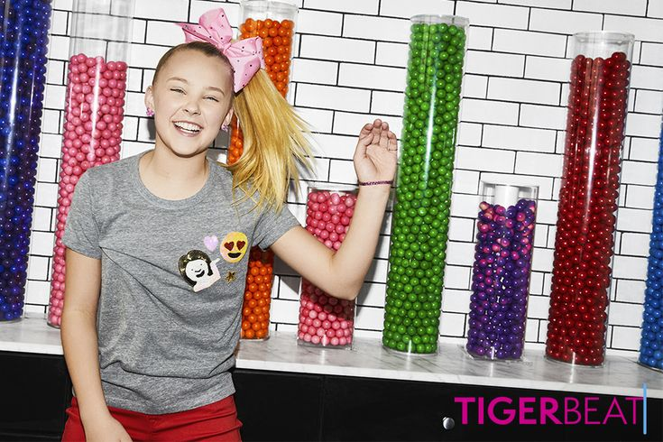 "How well do you know JoJo Siwa's new song ""Kid in a Candy Store""?"