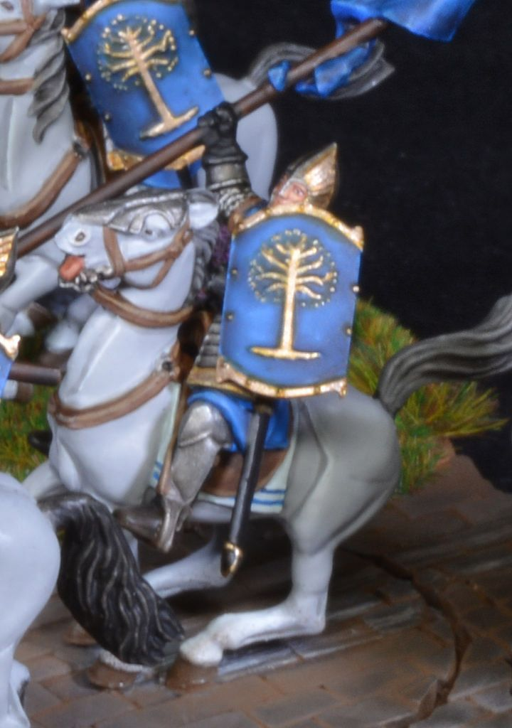 https://flic.kr/p/ECkQFn | Farmir & Elite Minas Tirith Knights 3 | Farmir & Elite Minas Tirith Knights from the Lord of the Rings series of miniatures by Games Workshop with bombardment movement tray. Painted by BrushStroke