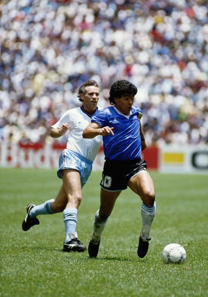 Maradona, making history at the Estadio Azteca, 1986.
