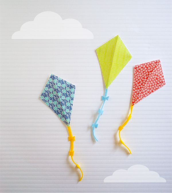 DIY kite party invitations ~ these will be great as party decorations not invites! Love these