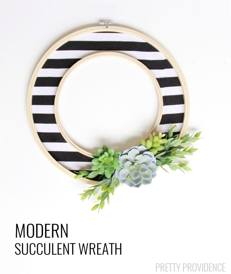 DIY modern succulent wreath from MichaelsMakers Pretty Providence
