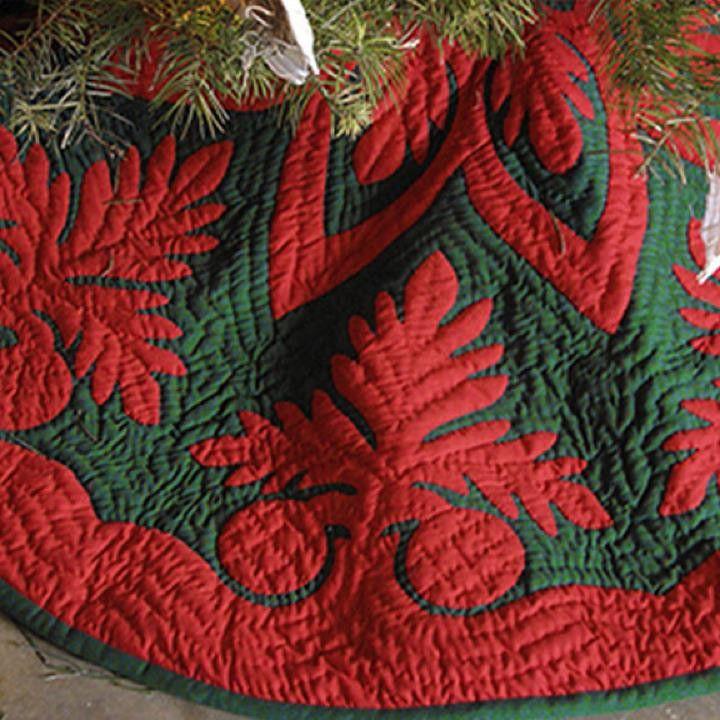Hawaiian Quilt Christmas Tree Skirt - Red on White - Ulu (breadfruit). Mele Kalikimaka.