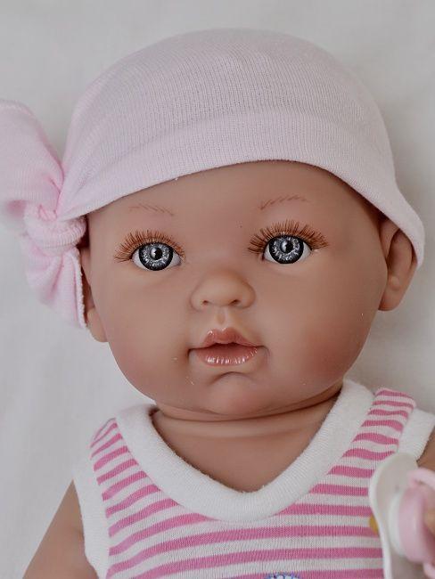 Realistické miminko holčička Tonička pirátka od firmy Vestida de Azul
