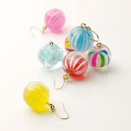 京飴ピアス ☆Kyōamé (traditional candy of Kyōto, Japan) earrings to match with yukata (summer type kimono) made with actual candies. 本物の飴で作られています。
