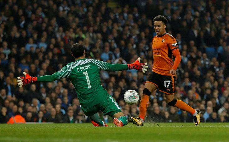£3.15m-rated star in, international out: Santo must play this Wolves XI on Wednesday against Norwich | Football League World - Part 10