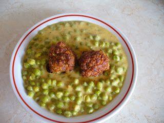 Sajtos zöldborsó főzelék