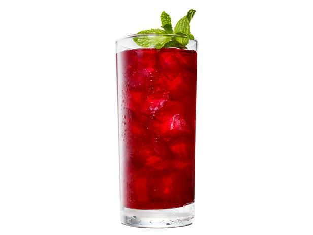 Bobby's Blackberry-Bourbon Iced Tea #SummerCocktails #GrillingCentral
