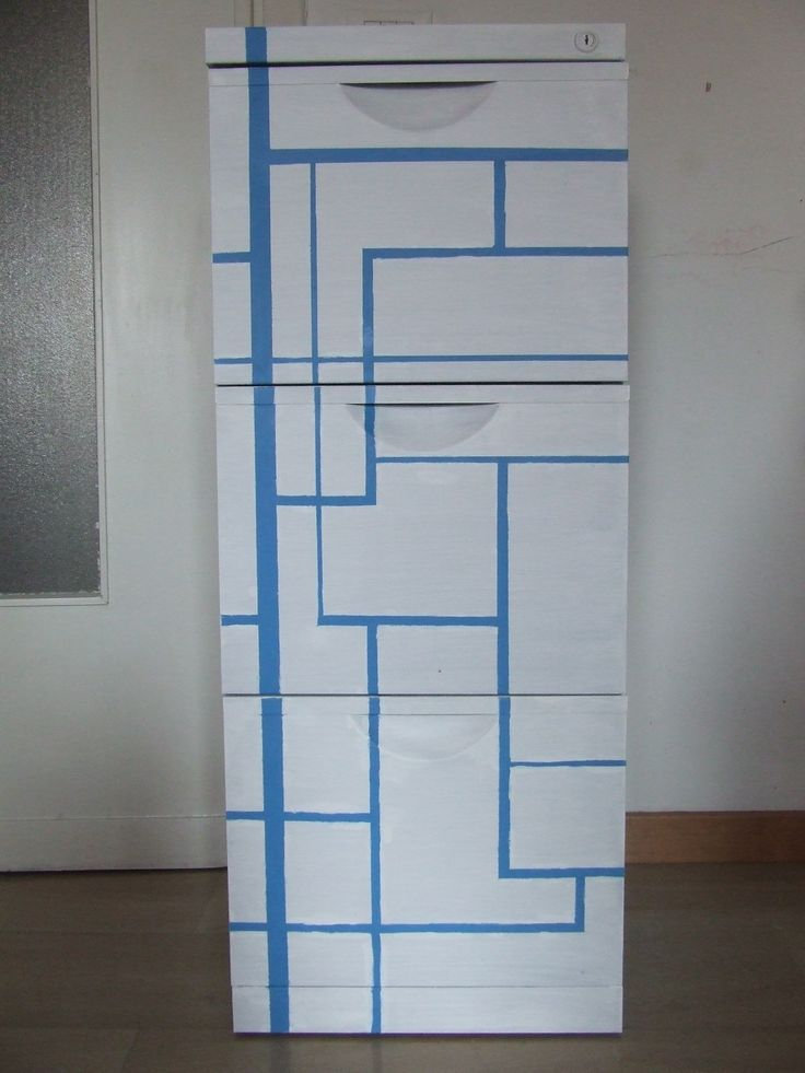 DIY Makeover of an old file case Recupero creativo di un vecchio schedario! I love Mondrian!