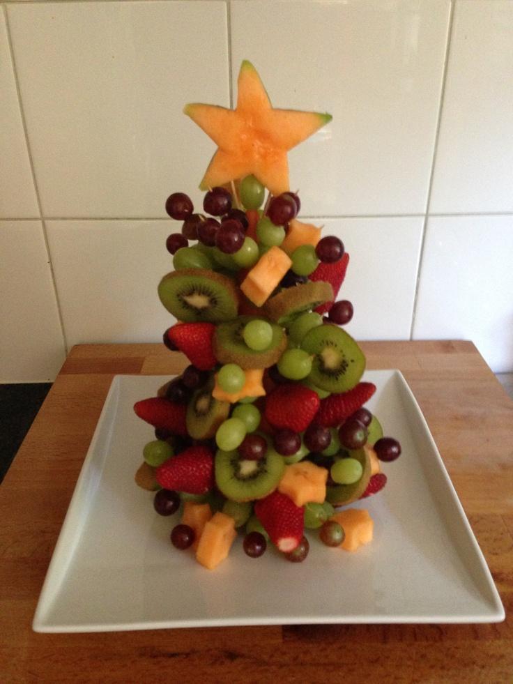Fruit Christmas tree great to take to a Christmas BBQ.