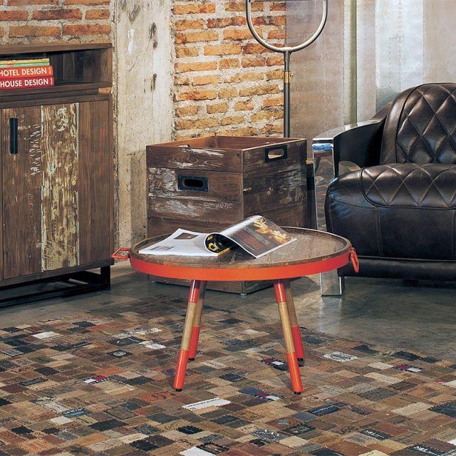Стол кофейный из массива тика Orange 60 Кофейный стол-поднос, столешница выполнена из кусочков антикварного тика в металлическом обруче, ноги выполнены из тика и металла.