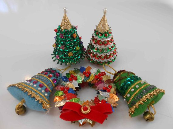 Vintage Christmas Ornament Lot Of 5 Felt Sequins Beads