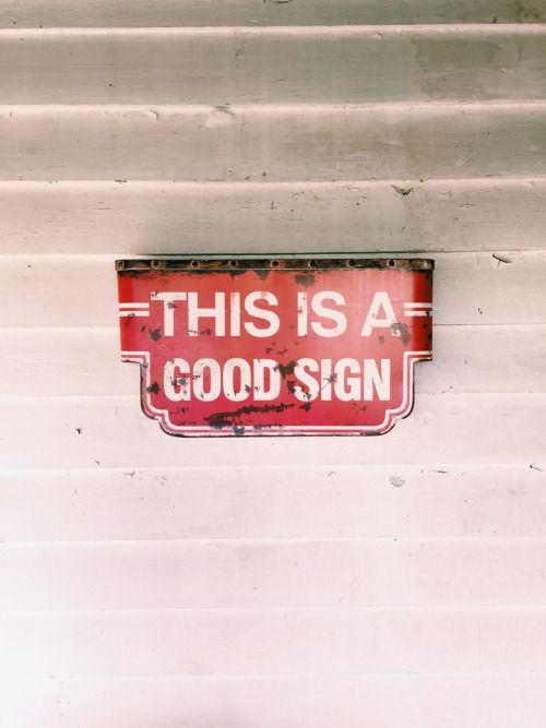 Love this vintage neon sign. A good reminder that there are so many 'good things' in life. ; )