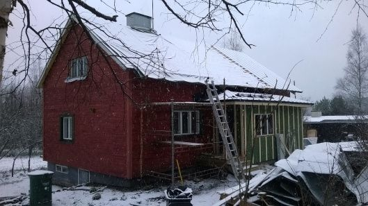 November Snow! | Vanha Talo Suomi  A southern Finland home under-going a complete renovation.   rintamiestalo Uusimaa Suomi