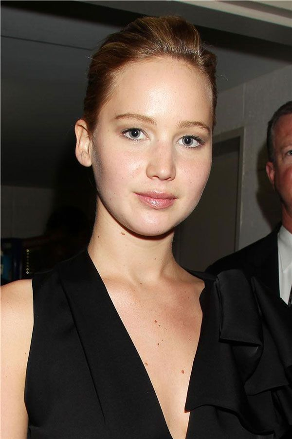 jennifer-lawrence - minimal make up