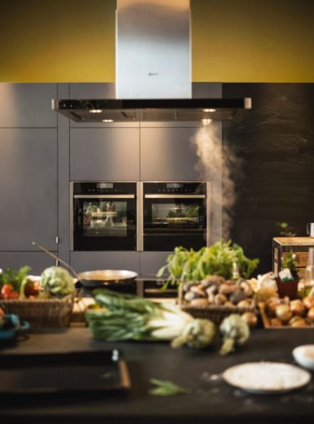 Whatever your cooking style, the new range from Neff is ready to keep up with it - Neff ovens are adaptive and beautifully designed to fit your needs.