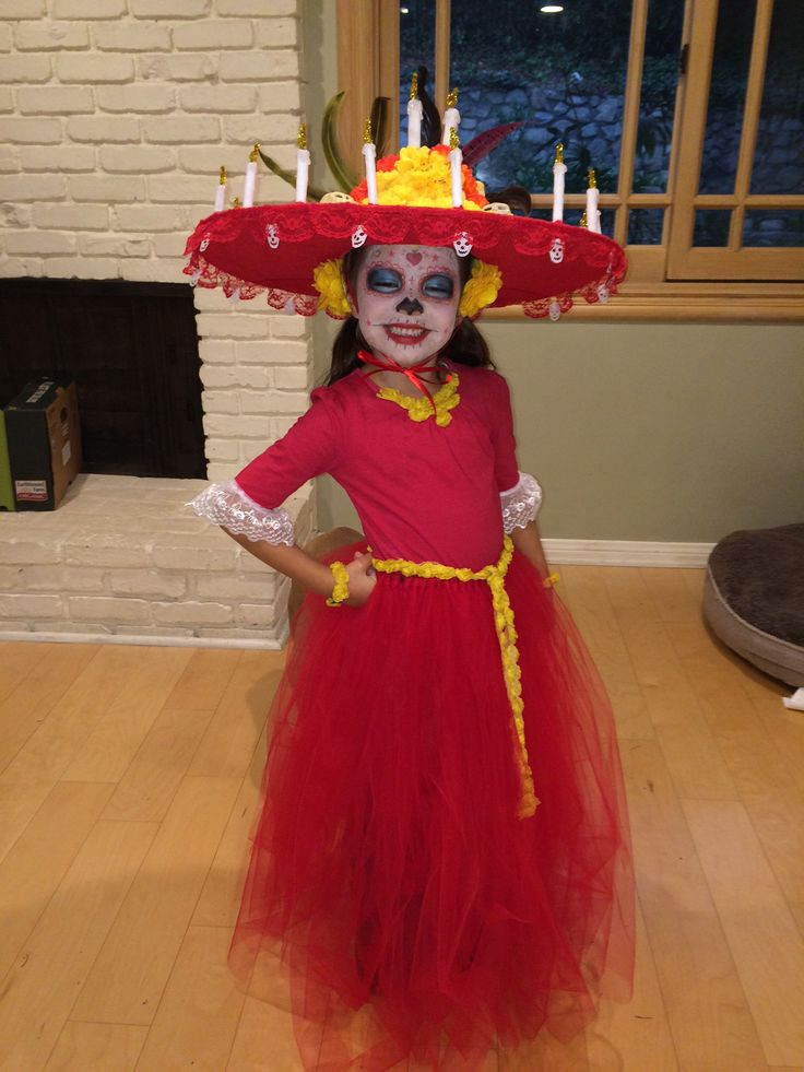 La Muerte costume: Halloween 2014 as the Queen of Souls from the Book of Life (Day of the Dead costume)