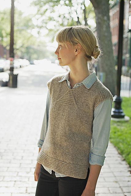 Boardwalk pattern by Heidi Kirrmaier: Brooklyn Tweed | WOOL PEOPLE Vol. 3