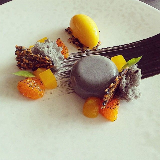 """Black sesame panna cotta & mandarin sorbet. Uploaded by @pastrycheffaraz #gastroart"""