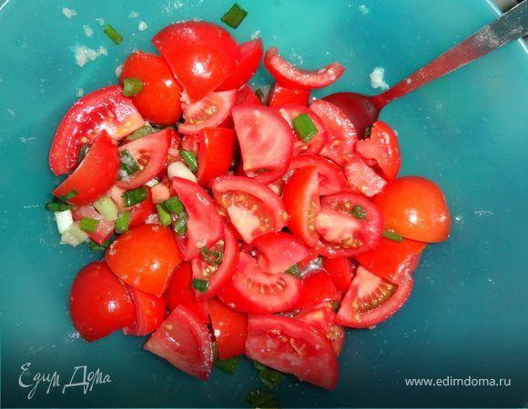Китайский салат из помидоров. Ингредиенты: лук зеленый, кунжутное масло, рисовый уксус | Кулинарный сайт Юлии Высоцкой: рецепты с фото