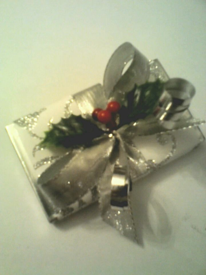 Christmas handcrafted slab with holly and ribbon