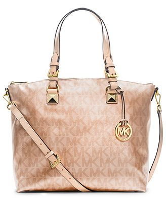 19 best HaNdSaKkE images on Pinterest | Bags, Hand bags and Guess bags