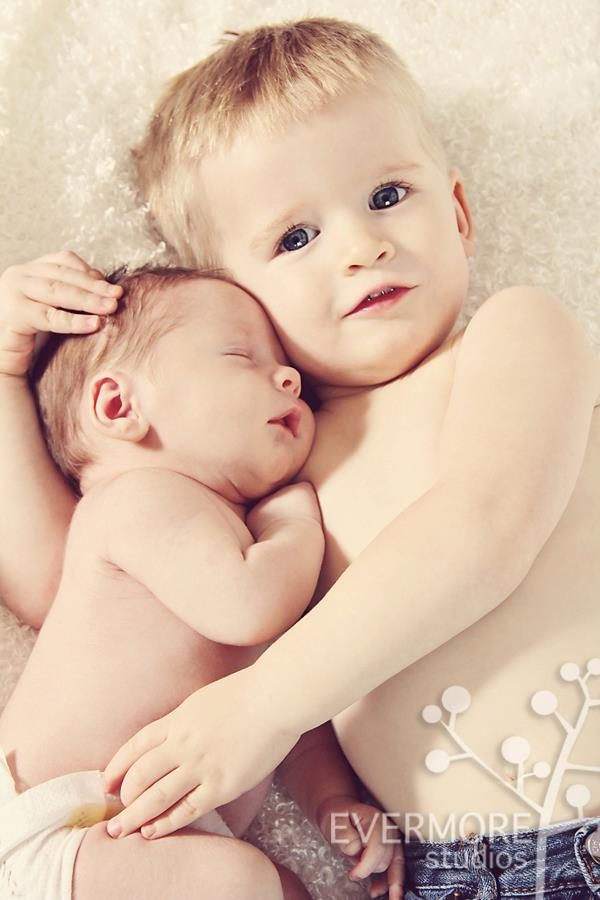 Caralee case photography idaho falls id newborn infant and baby photographer newbornphotography siblings my work newborns pinterest idaho