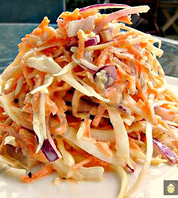 Low Fat but Creamy Coleslaw - come and see the trick to making this delicious side!  #lowfat #coleslaw