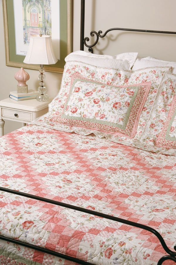 Irish Chain quilts are steeped in American history and are among quilting's most popular designs. Learn the history and see some great Irish quilts!