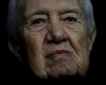 JoanMira - 1 - World : Artigo - Morreu o antigo presidente da República M...