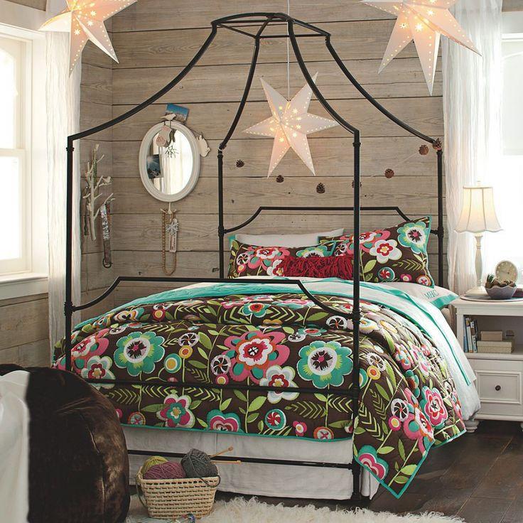 Кованые кровати: 115 утонченных решений для интерьера в стиле бохо, рустик и прованс http://happymodern.ru/kovanye-krovati-115-foto-azhurnaya-legkost-tyazhelogo-metalla/ Прекрасно оформленная спальня залог сладких снов