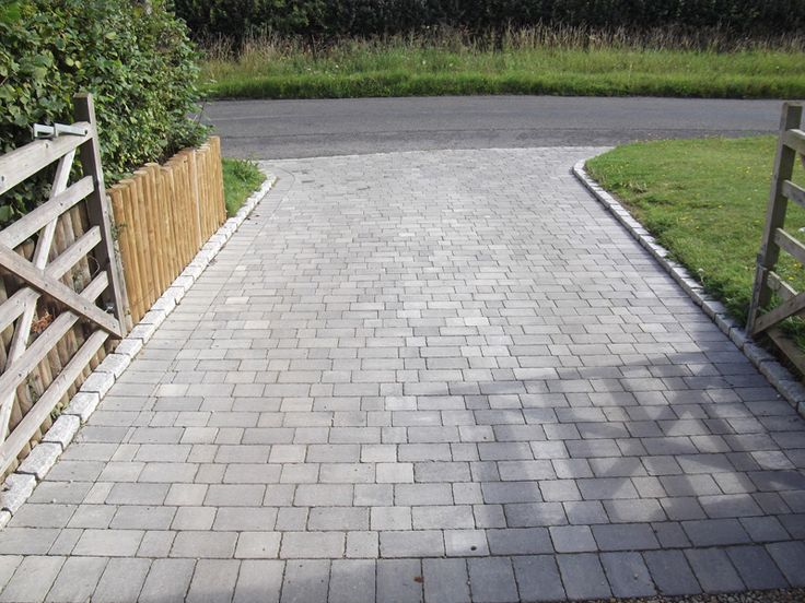 block paving entrance - Google Search - research on edging