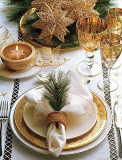 Antenada: IDÉIAS PARA ARRUMAR A MESA DE NATAL! ~ I love the rosemary used the napkin and ring ~ lovely