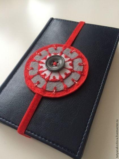Закладка для книг из фетра Красная на день Святого Валентина - ярко-красный