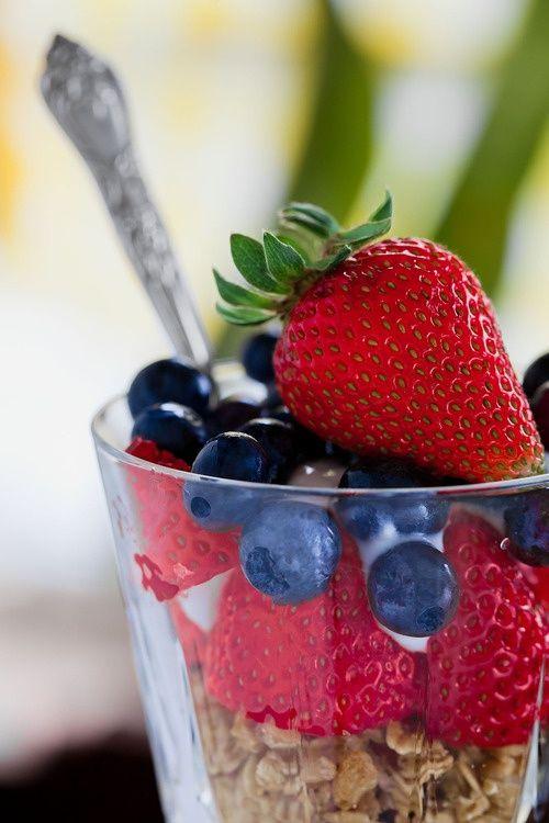 healthy #breakfast #parfait | Healthy breakfast. | Pinterest