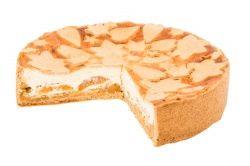 Zdravá a odlehčená varianta dortu z italského tvarohového sýru ricotta v celozrnném korpusu z žitné mouky, který je doplněn o vrstvu meruňkového pyré. Tento dortík je oslazen pouze přírodním sladidlem - Stévií. Díky tomu je vhodný také pro diabetiky.  V bezlepkovém provedení tohoto dortu je na korpus použita klasická mouka Jizerka.