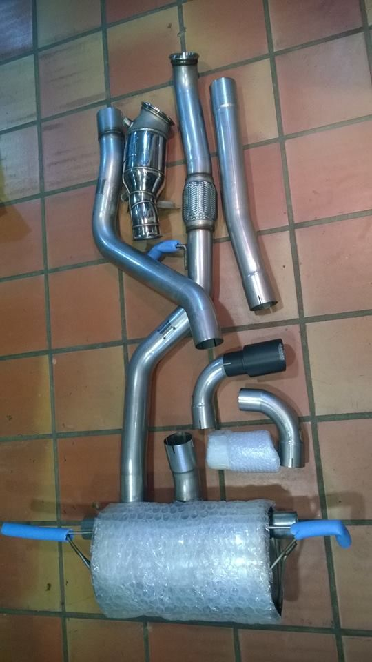 WAGNER TUNING DOWN PIPE + RACE CAT BMW M135i ERICLUB KIFISIA ATHENS EUROPE