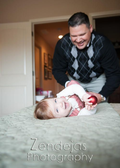 Zendejas Photography | PORTRAITS | Father/daughter | Home | Holidays