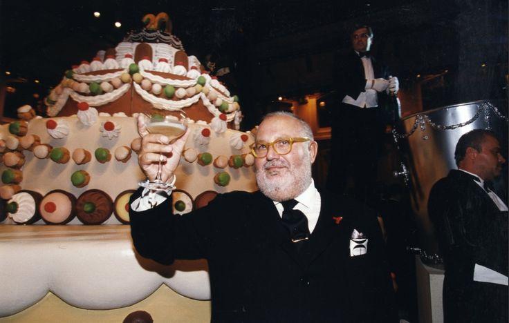 1998 - Gianfranco Ferré during his brand's twentieth anniversary