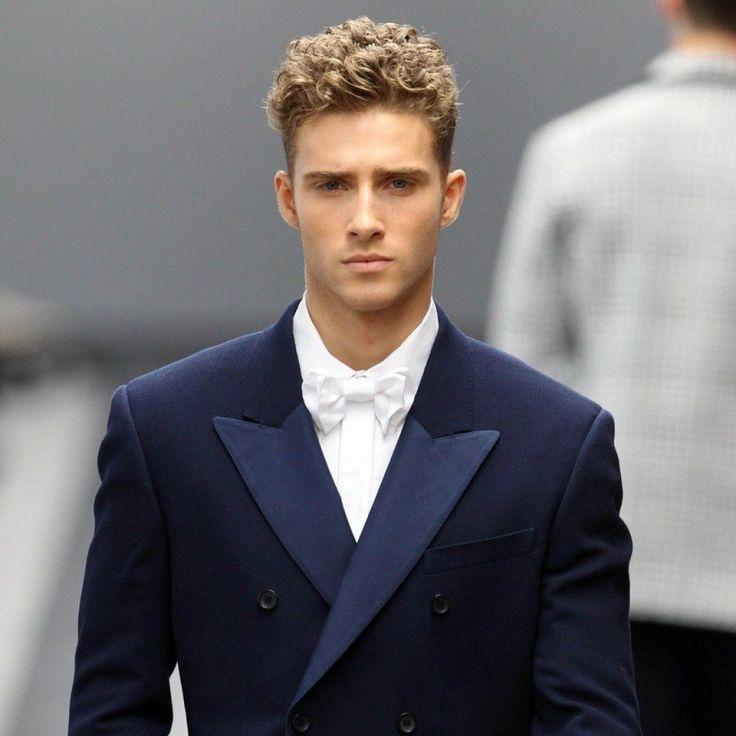 #pelo #rizado #hombres #hombre #chicos #cortes #pelo #corte #peinado #peinados #chico #ideas #tips +50 ideas de peinados y cortes de pelo para hombres con pelo rizado