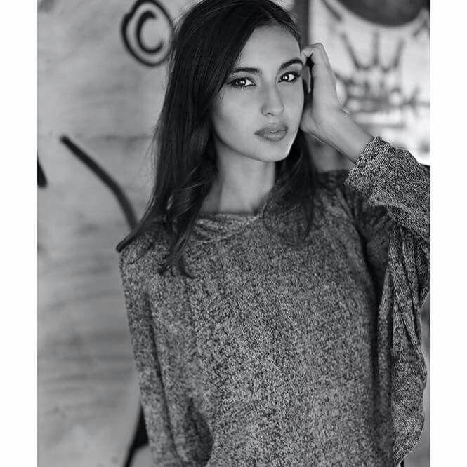 the beauty of a girl is the physical representation of its simplicity #semplicity #model #fashion #beautiful #girl @fabio_pregnolato_ph @monicamontobbio