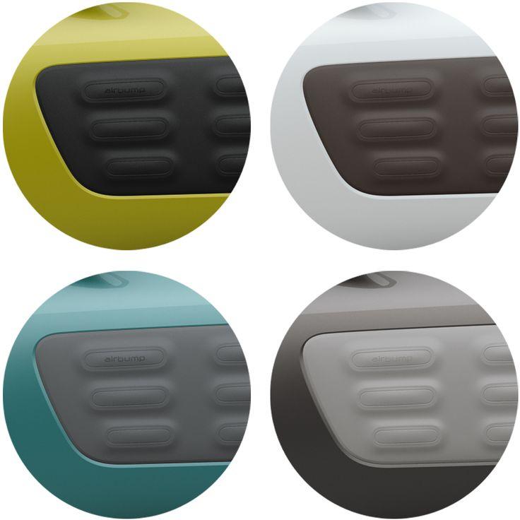 Totalement intégré au design de CITROËN C4 CACTUS sur ses flancs et ses boucliers, l'Airbump© se décline en quatre coloris (Black, Grey, Dune et Chocolate) qui viennent s'assortir au 10 teintes de carrosserie disponibles.