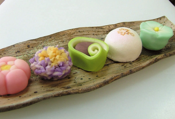 "Japanese Confectionary|""Wagashi"" is the Japanese confectionary most often served during the tea ceremony or other ceremonial occasions."