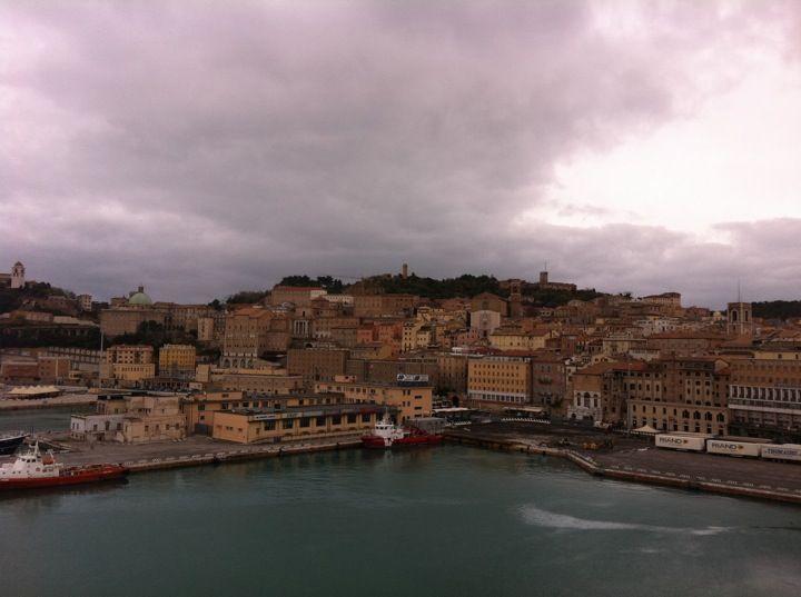 Ancona στην πόλη AN